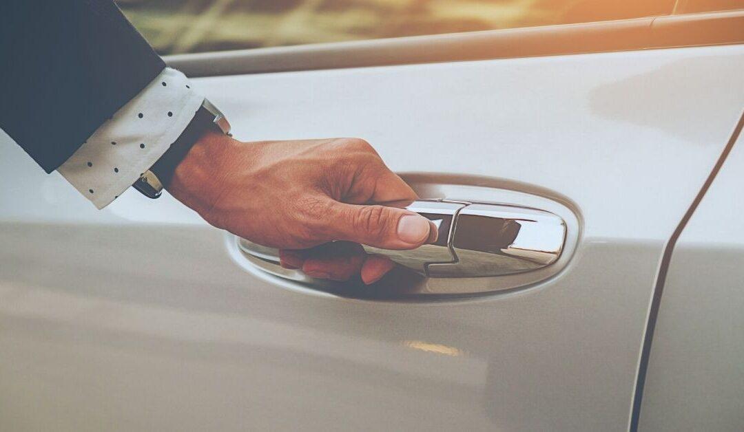 Vad gäller när man skaffar förmånsbil till företaget?